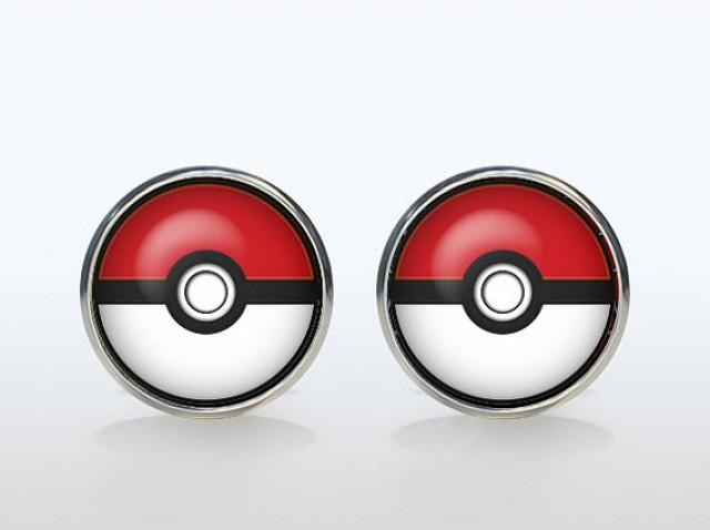 Geek Wedding Gifts: Pokemon Cufflinks Silver Plated Pokeball Cuff Links