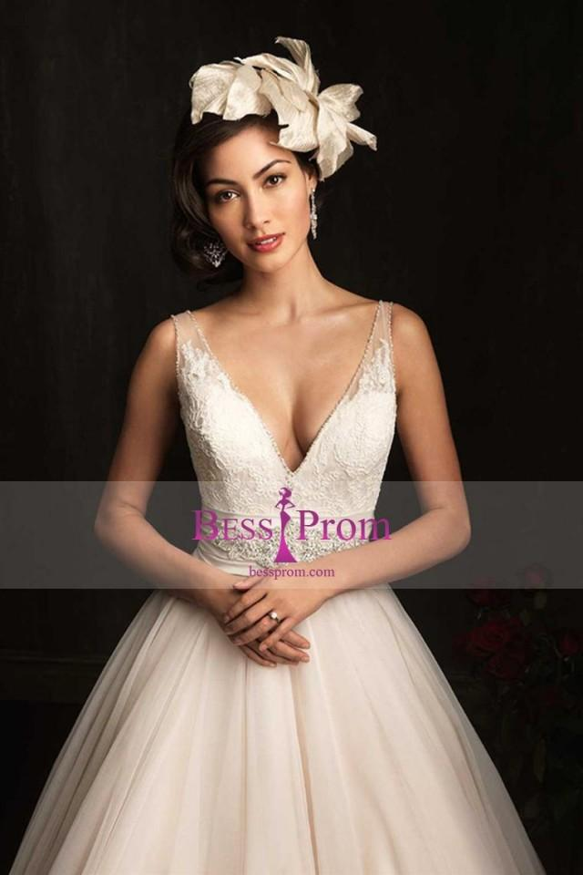 wedding photo - v-neck beading 2015 lace skirt wedding dress - bessprom.com