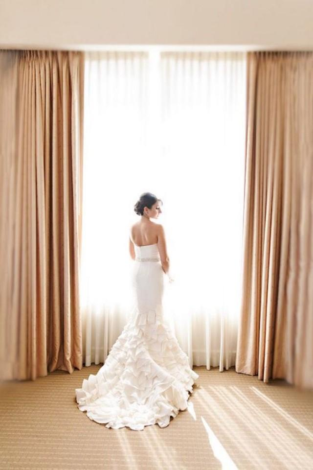 the guide to wedding dress rentals weddbook