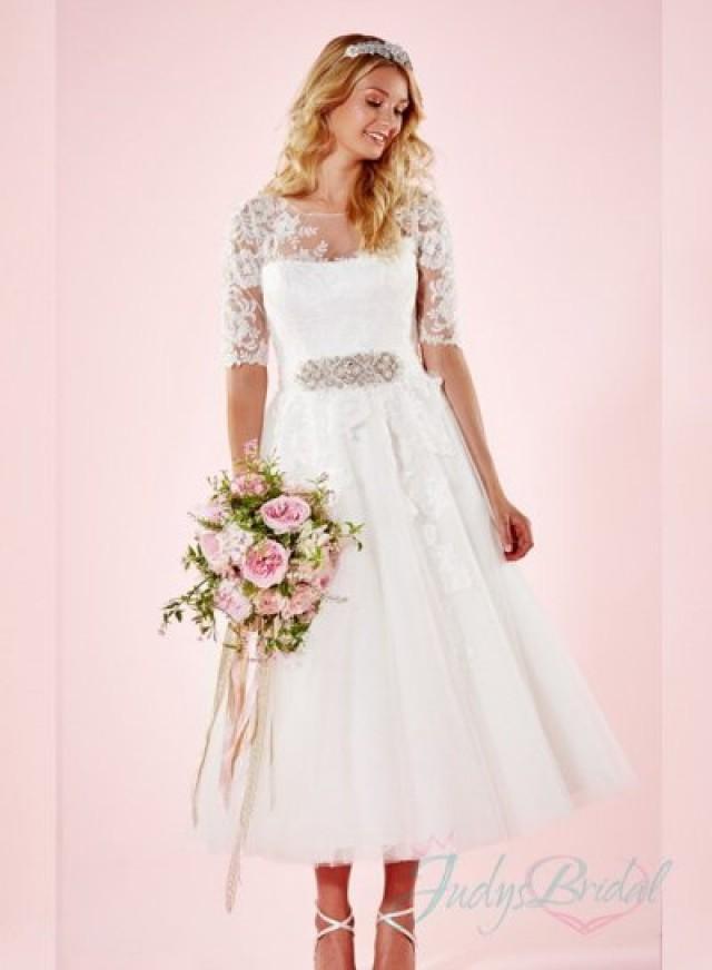 Tea length wedding dresses vintage inspired junoir for Vintage t length wedding dresses