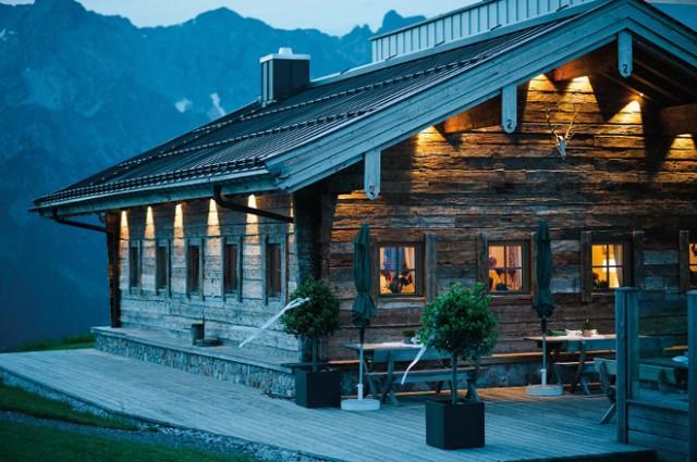heiraten in den bergen 40 hochzeitslocations in deutschland sterreich und der schweiz. Black Bedroom Furniture Sets. Home Design Ideas