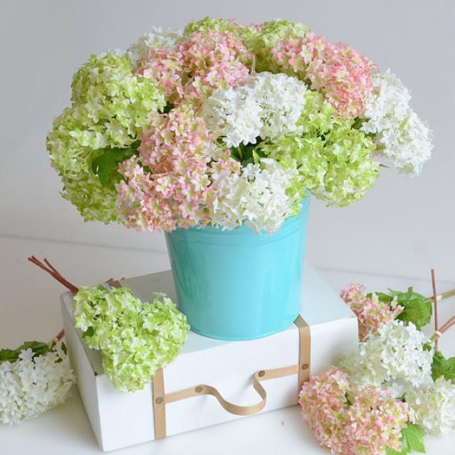 wedding photo - 24pcs/lot Mini Artificial Hydrangea Home Decorations Fake Flowers Silk Hydrangea For Bridal Bouquet Table centerpieces