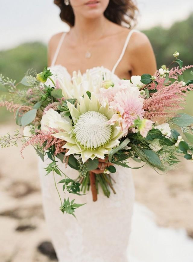 wedding photo - Bouquets Worth Busting Your Budget For