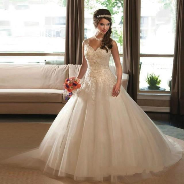 Vintage vestidos de noiva 2015 lace wedding dresses beads for Vintage wedding dresses plus size