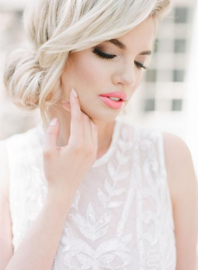 Elegant Wedding Hair And Makeup : Makeup - Elegant Bridal Portrait Inspiration #2365777 ...