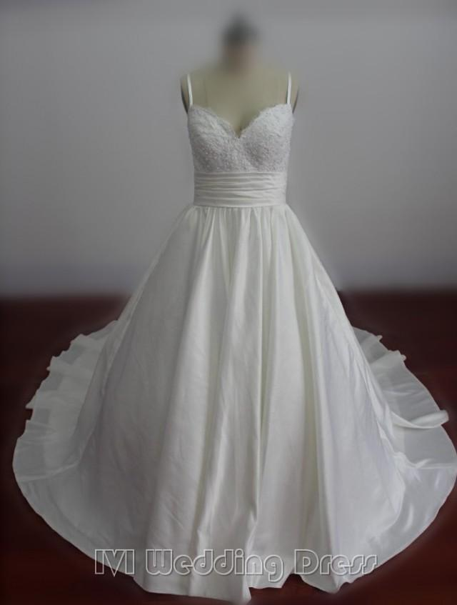 Real samples plus size princess wedding dresses spaghetti for Princess plus size wedding dresses