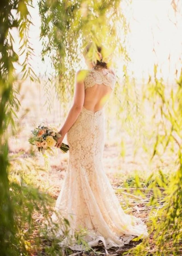 wedding photo - Gorgeous Open Back Lace Wedding Dresses Brush/Sweep Train Lace Bridal Gown Custom Made Wedding Gown Vestidos De Noiva Online with $167.54/Piece on Gama's Store