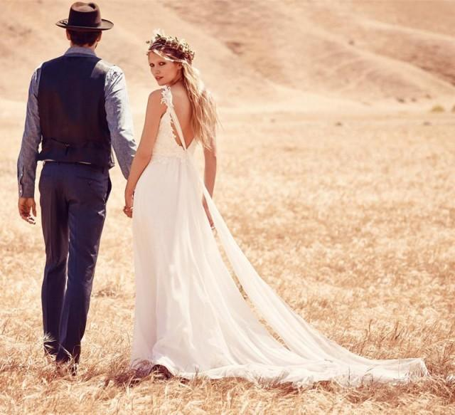 wedding photo - Fantastic Sexy V-neck Summer Boho Wedding Dresses Chapel Train Lace And Chiffon Beach Wedding Dress Plus Size Online with $115.19/Piece on Gama's Store