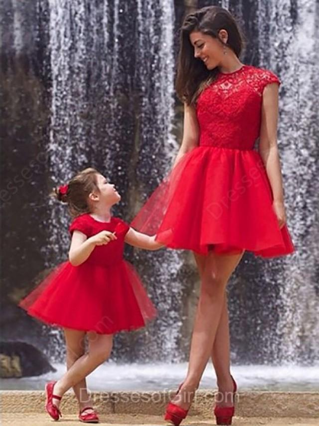 wedding photo - A-line Scoop Neck Lace Tulle Short/Mini Ruffles Prom Dresses
