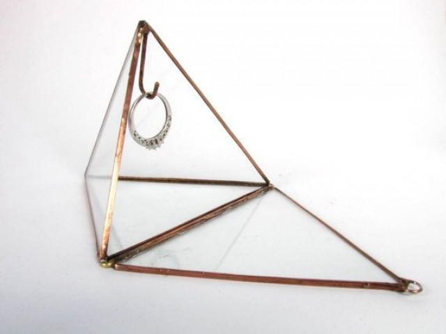 4 Amlong Crystal Crystal Pyramid with Gift Box  amazoncom