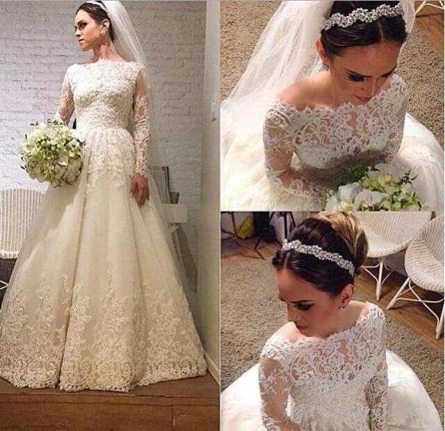 Stunning 2015 lace winter wedding dresses long sleeves for Winter vintage wedding dresses