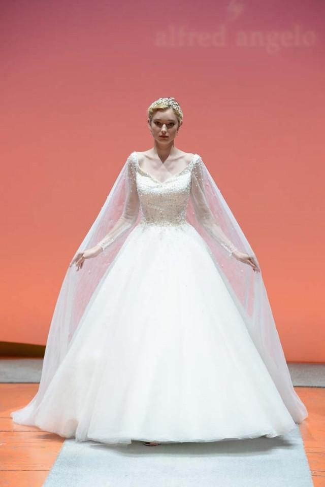 Alfred angelo debuts 2016 disney fairy tale weddings for Wedding dress disney collection
