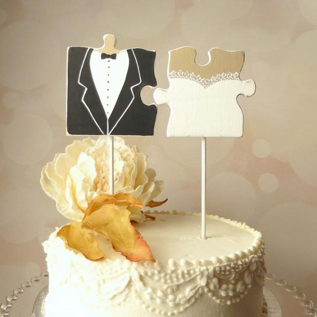 Hand Carved Groom And Bride Cake Toppers