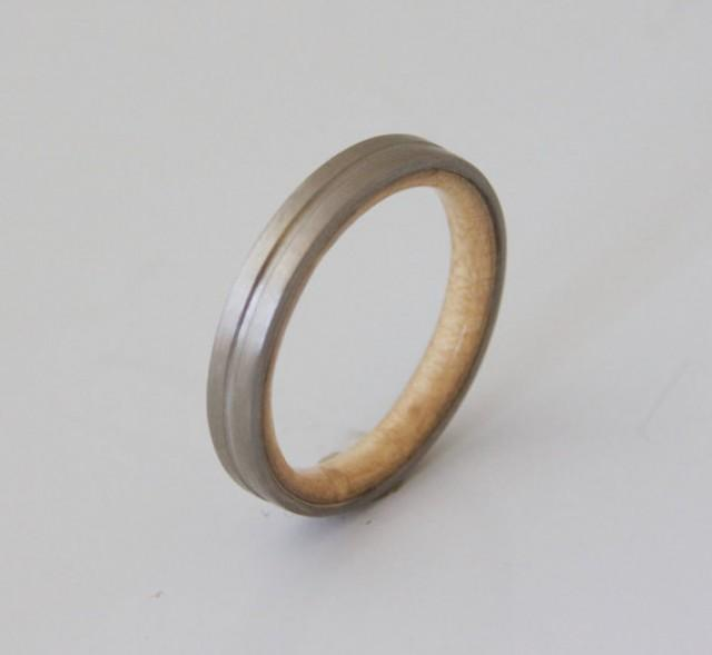 unique birdeye sugar maple wood ring jewelry ring wood jewelry wedding wedding band. Black Bedroom Furniture Sets. Home Design Ideas