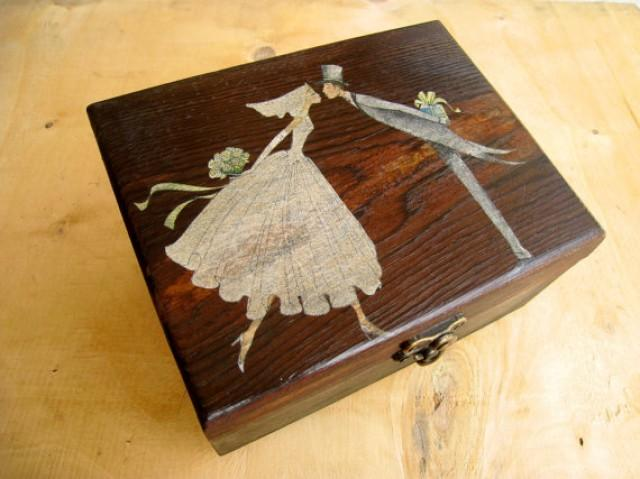 Decorative Jewelry Boxes Ideas : Big dark rustic wooden box for wedding guest s cards or
