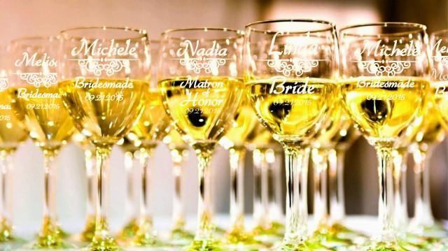 wedding photo - 8 Personalized Bridesmaid Wine Glasses, Bridesmaids Wedding Gifts, Custom Engraved Wine Glasses, Toasting Glasses, Bridal party gift