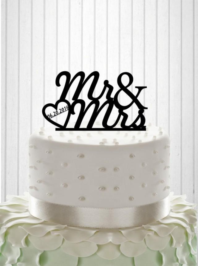 wedding photo - Mr and Mrs Wedding Cake Topper Cake Decor Custom Wedding Cake Topper with date Silhouette Bride and Groom Wedding Cake Topper