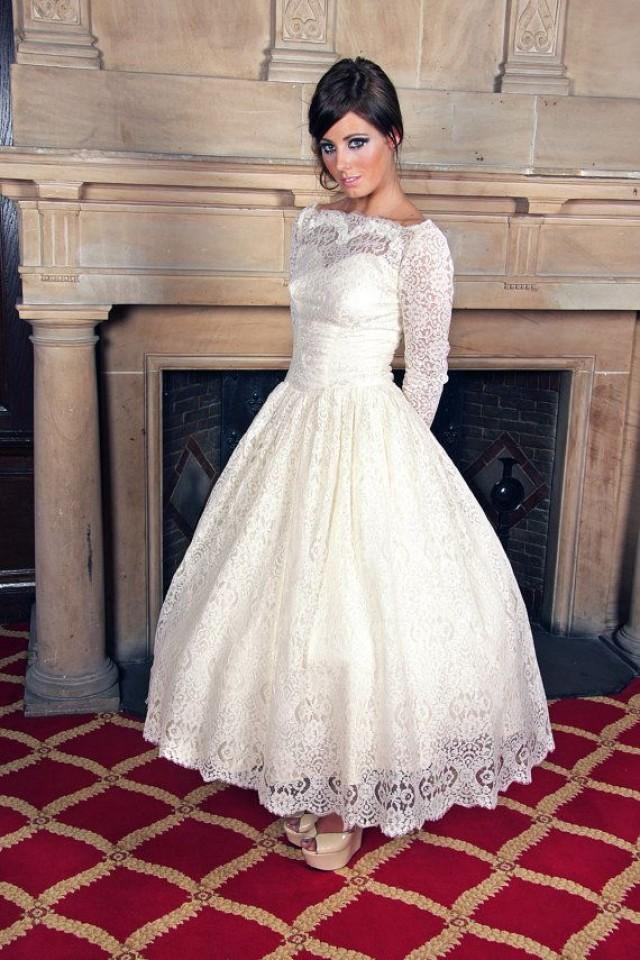 Modest Wedding Gowns For The Tznius Jewish Bride 2391438