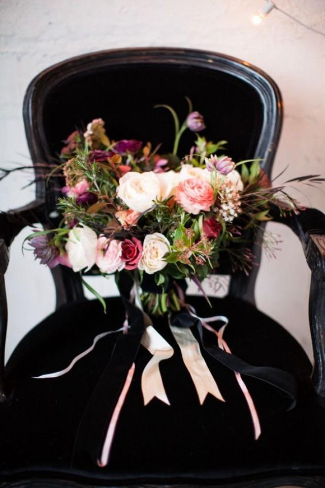 bouquet flower winter bridal bouquet 2394733 weddbook. Black Bedroom Furniture Sets. Home Design Ideas