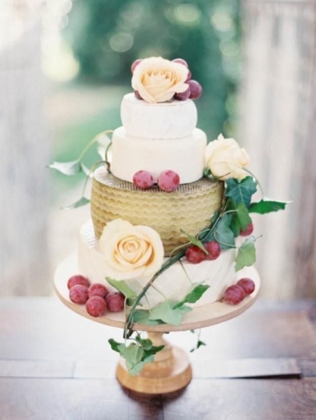 27 non traditional cheese wheel wedding cakes weddingomania weddbook. Black Bedroom Furniture Sets. Home Design Ideas