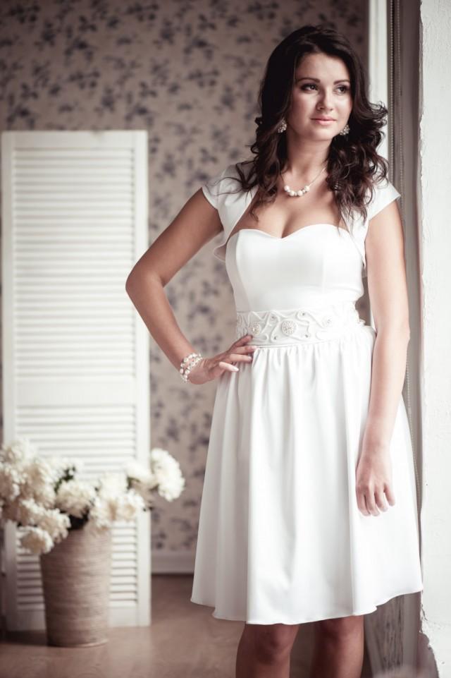 Vestir on sale a line short wedding dress m20 2395830 for Short wedding dress sale