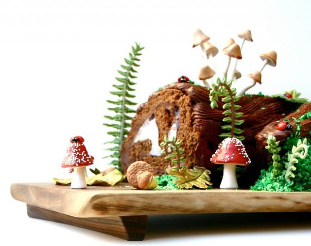 Diy woodland cake decorating set single set by andie 39 s specialty sweets with new toadstools - Buche de noel decorations ...