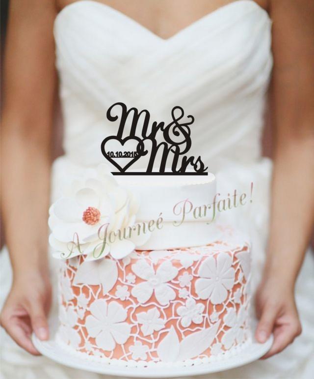 wedding photo - Mr & Mrs Wedding Cake Topper with Date [AJP5]