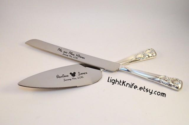 disney wedding black engraved wedding cake knife and serving set mickey mouse ears two. Black Bedroom Furniture Sets. Home Design Ideas