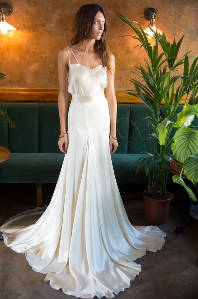 A piece of my heart 60s and 70s bohemian inspired bridal for 60s style wedding dresses