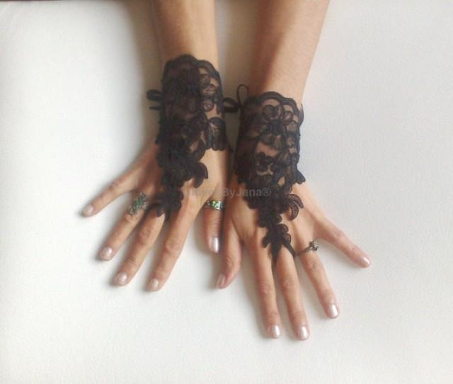 wedding photo - FREE SHIP---Wedding Gloves, Black lace gloves, Fingerless Gloves, bride, bridal gloves, Steampunk, gothic gloves, Victorian gloves