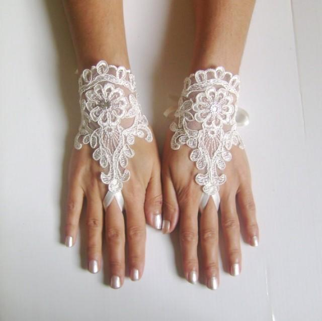 wedding photo - ivory Wedding Glove, ivory lace gloves, Fingerless Glove, ivory wedding gown, UNIQUE Bridal glove, wedding bride, bridal gloves, 245