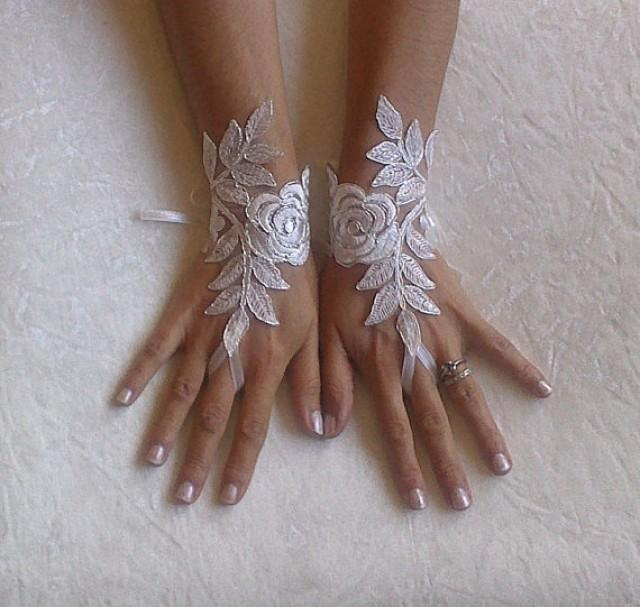 wedding photo - Free Ship, Bridal Glove, ivory, silver-embroidered lace gloves, Fingerless Gloves, cuff wedding bride, bridal gloves, ivory,