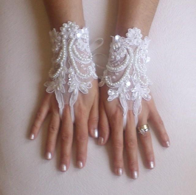 wedding photo - İvory Wedding Glove, ivory lace gloves, Fingerless Glove, embroidered with pearls bridal gloves, french lace gloves