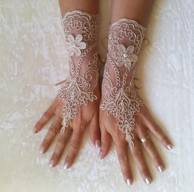 wedding photo - Beige burlap a little bit gold Wedding gloves bridal gloves fingerless lace gloves pearl free ship