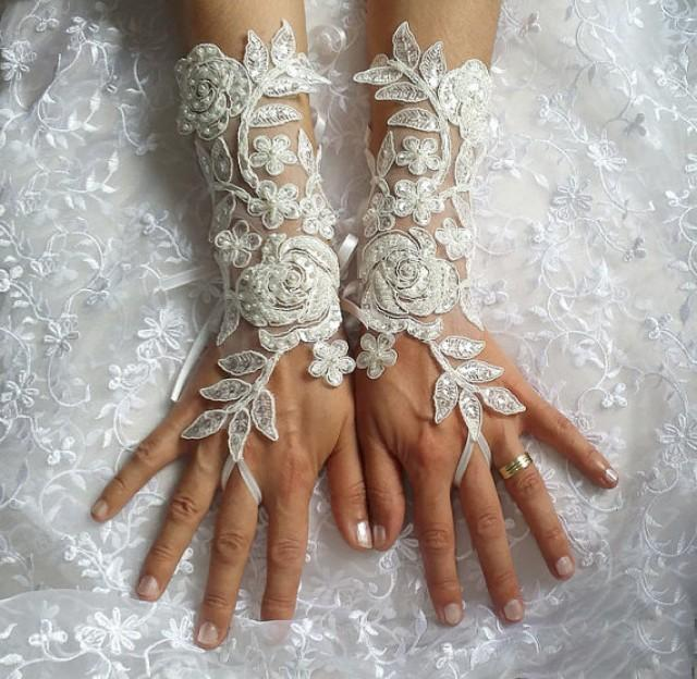 wedding photo - Grandeur luxury Wedding Gloves, Sparkles Stones, Lace Wedding Accessory, Bridal accessory, Fingerless Gloves, Ivory,