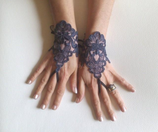 wedding photo - Gothic lace very dark grey smoked gray Wedding gloves bridal gloves fingerless gloves french lace free ship bridesmaid gift tea party