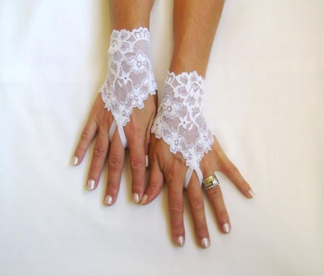 wedding photo - White lace gloves bride wedding bridesmaid prom free ship