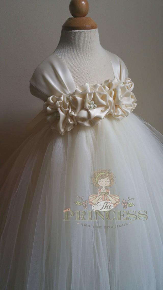 Flower Girl Dress Ivory, Flower Girl Dress Vintage, Flower ...  Ivory Lace Vintage Flower Girl Dress