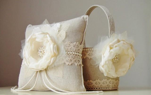 new flower girl basket ring bearer pillow wedding ivory flower girl basket vintage basket. Black Bedroom Furniture Sets. Home Design Ideas