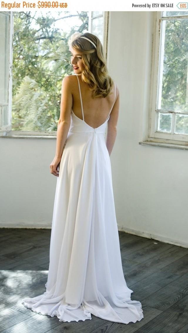Cyber monday sale romantic white chiffon beach wedding for Beach wedding dress low back