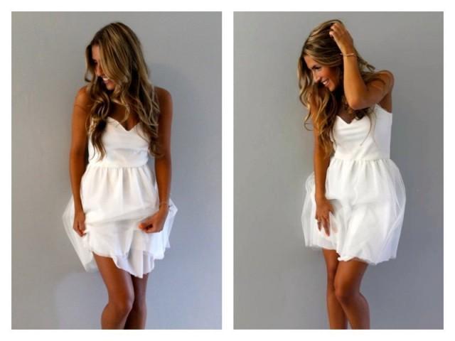 Beach wedding dress tulle wedding dress wedding dress for Short casual beach wedding dresses