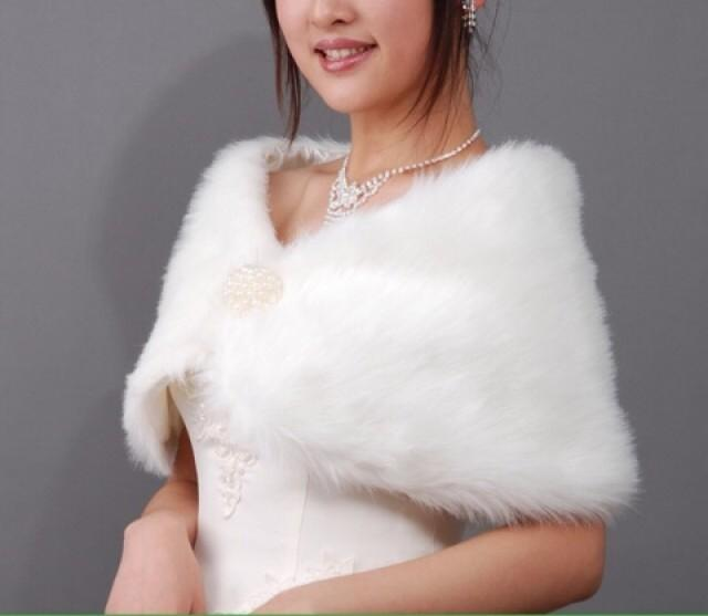 White ivory faux fur wrap bridal wrap bridal shrug fur stole bridal fur shrug wedding fur - Stoel fur ...