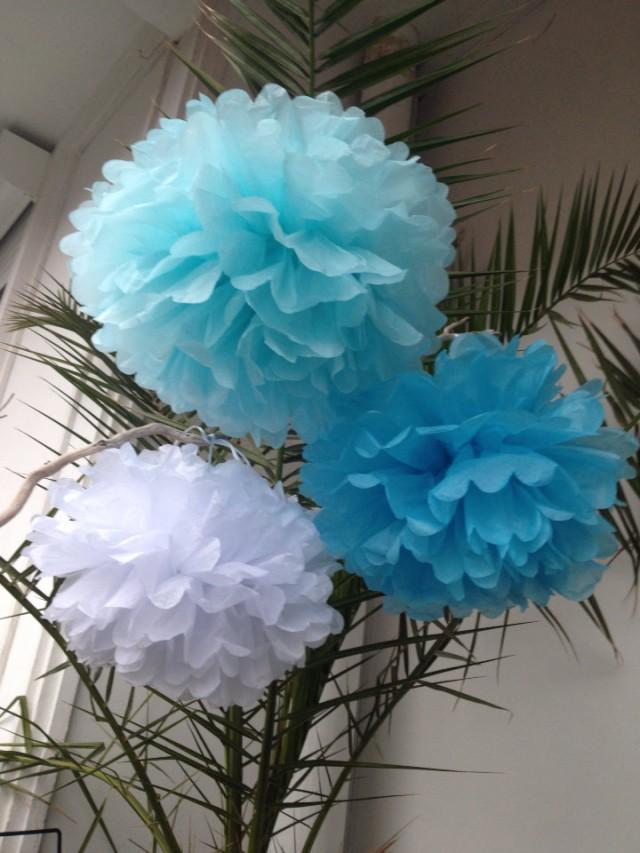 Set of 3 home decor pom poms decorations paper decors for Pom pom room decor