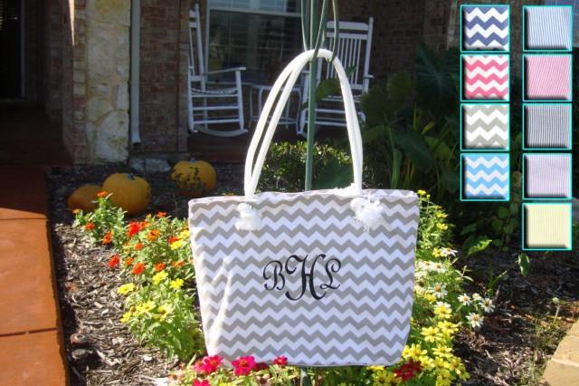 accessoires bride 39 s tote bag in 9 colors 2436253 weddbook. Black Bedroom Furniture Sets. Home Design Ideas