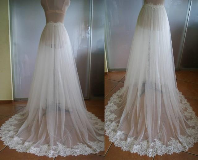 Detachable skirt train for wedding dress nika tulle for Wedding dress detachable skirt