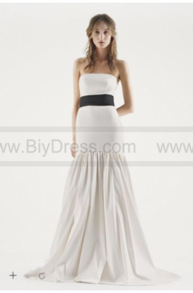 wedding photo - White by Vera Wang Floral Trumpet Wedding Dress VW351252