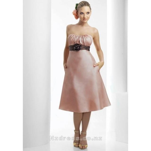 wedding photo - 2015 Alluring Strapless Flower Taffeta Tea-Length Bridesmaid Apparels with Pockets