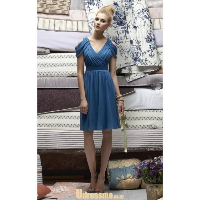 wedding photo - Stunning Deep V-neck Blue Chiffon Drapped Knee Length Bridesmaid Dress