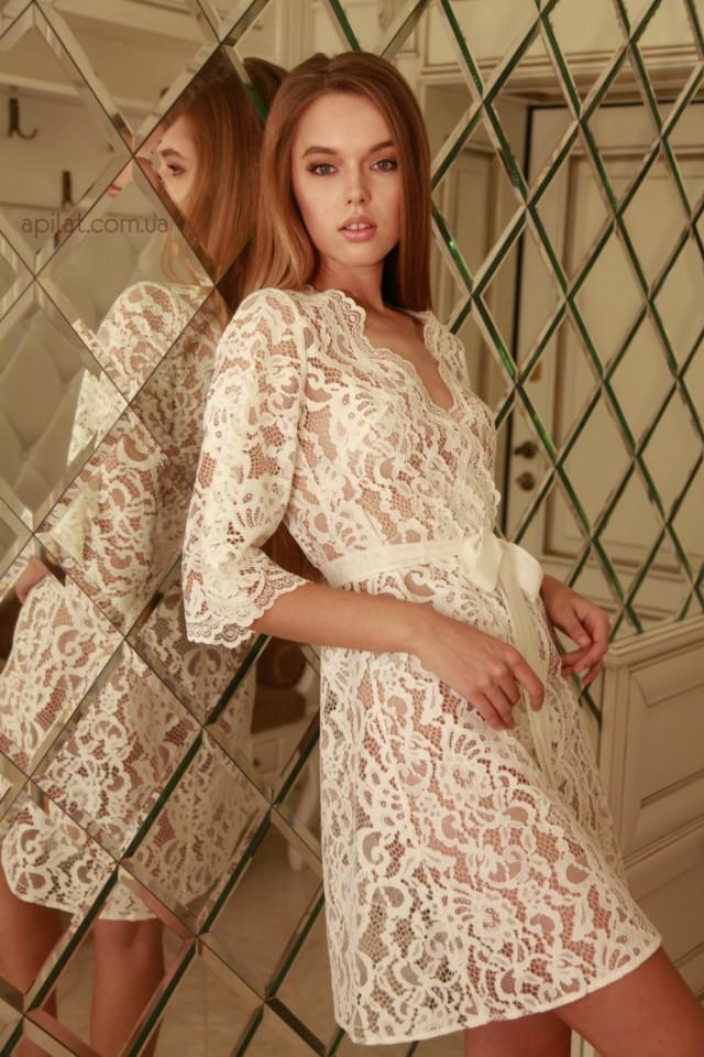 Short lace bridal robe with d3 lingerie bridal lingerie for Corset bras for wedding dresses