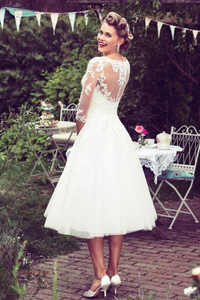 Win A 1950s Inspired Wedding Dress From True Bride! - Weddbook